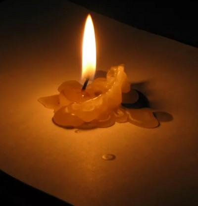 poopuljarnye-amulety-dlja-privlechenija-udachi-magicheskoj-vosk