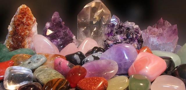 magija-kamnej-magicheskie-svojstva-mineralov