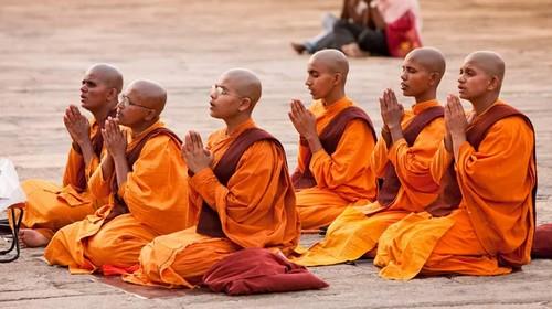 jekzorcizm-v-buddizme
