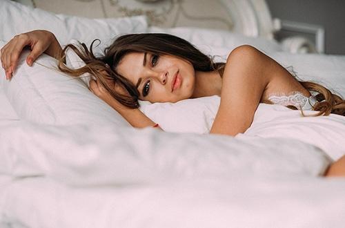 Заговор лежа в кровати